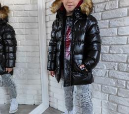Gumowana błyszcząca zimowa kurtka chłopięca czarna