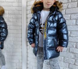 Gumowana błyszcząca zimowa kurtka chłopięca granatowa
