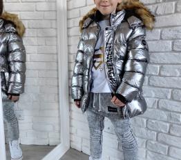 Gumowana błyszcząca zimowa kurtka chłopięca srebrna