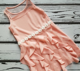 Sukienka letnia falbanki i perełki